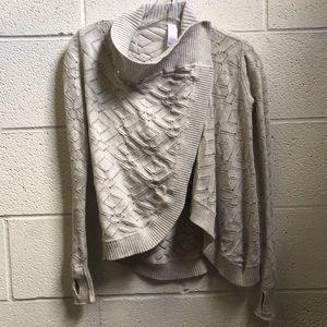 Ivivva gray sweater, sz 6, 58474
